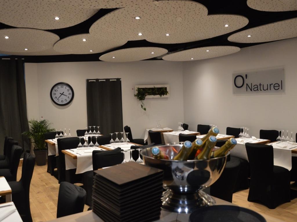 5da2ba400d3cf83f6fede0addf351a63.website hd 1024x768 - En febrero es tu última oportunidad para cenar desnudo en este restaurante de París
