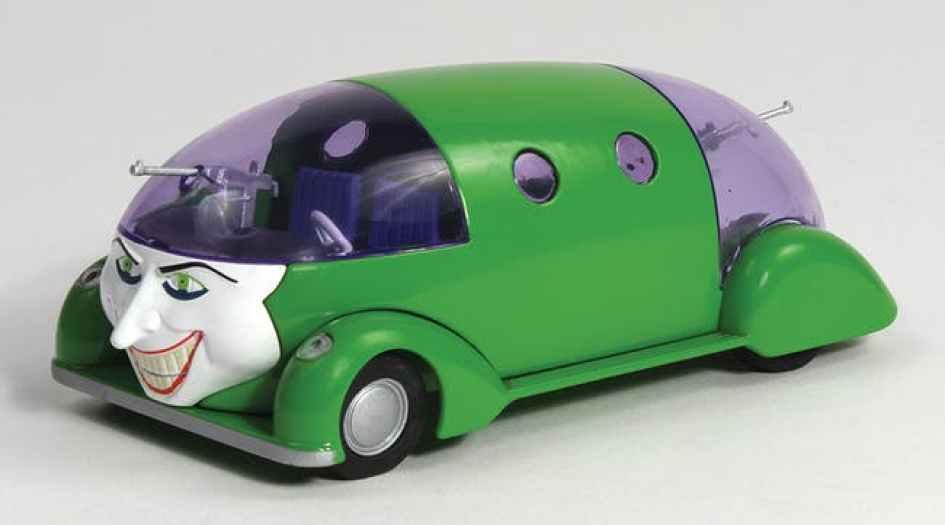 a die cast model of the villains car - Necesitamos saber cuál será el próximo auto del nuevo Joker