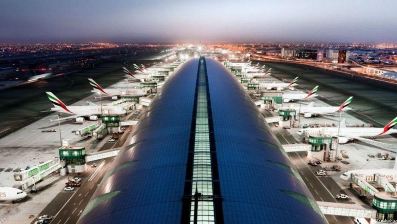 aeropuerto de dubai - Aeropuerto de Dubái regala lingote a quien logre sacarlo de la urna