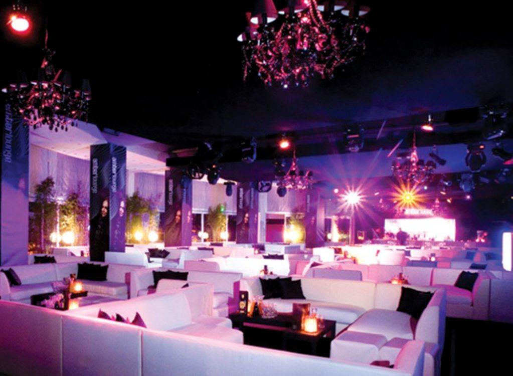 A unos días de que arranque fiesta más esperada del año, Amber Lounge