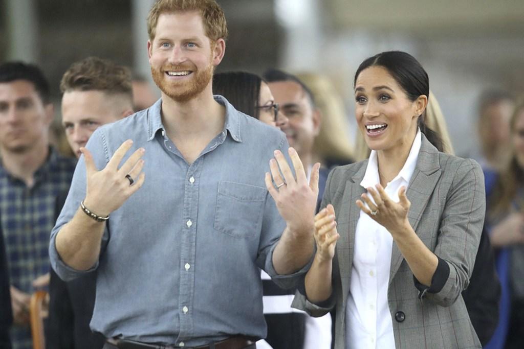 Existe un anillo que puede ayudar a combatir el jetlag y el Príncipe Harry lo tiene