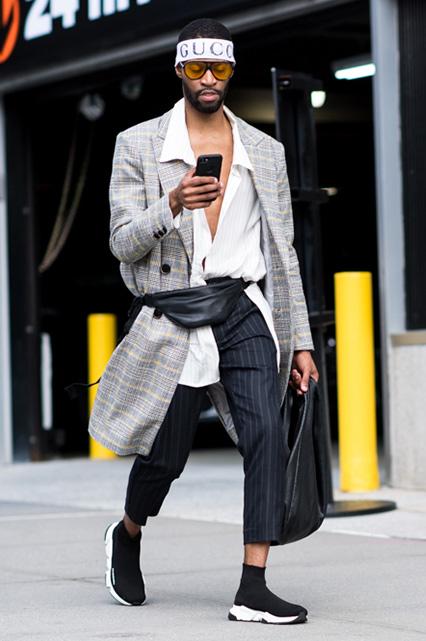 asos mw dd article nyfw street style 02 - Te contamos TODO sobre cómo vestir bien una camisa blanca