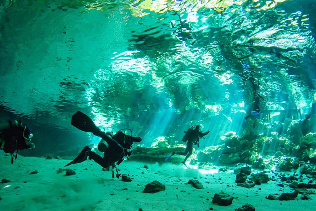 buceo1 1024x683 - Los lugares más bonitos de México para sumergirte en el océano