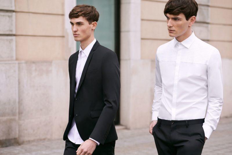 classic fit mens shirt white shirt mens street style 800x534 1 - Te contamos TODO sobre cómo vestir bien una camisa blanca