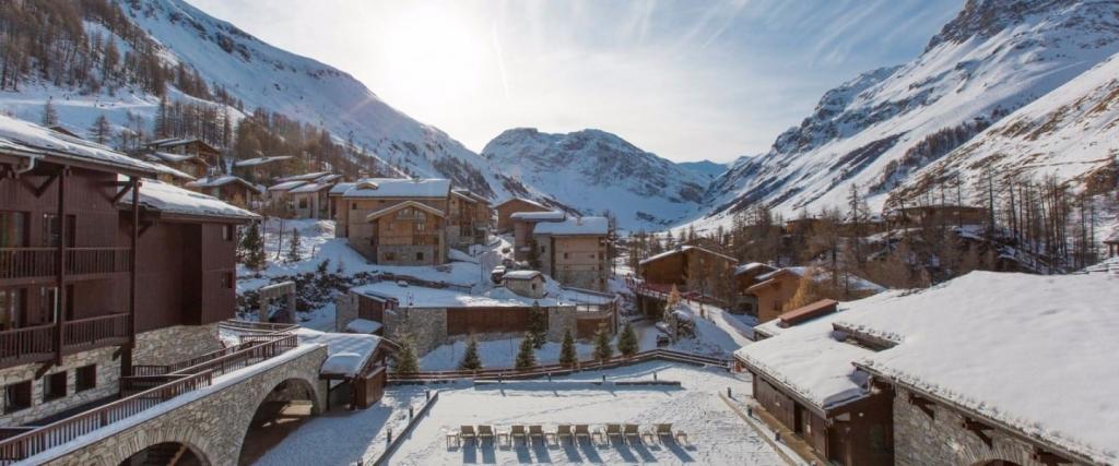 Club Med Val dIsere 1440x600 1024x427 - Celebra una blanca Navidad y parte a los mejores ski resorts del mundo