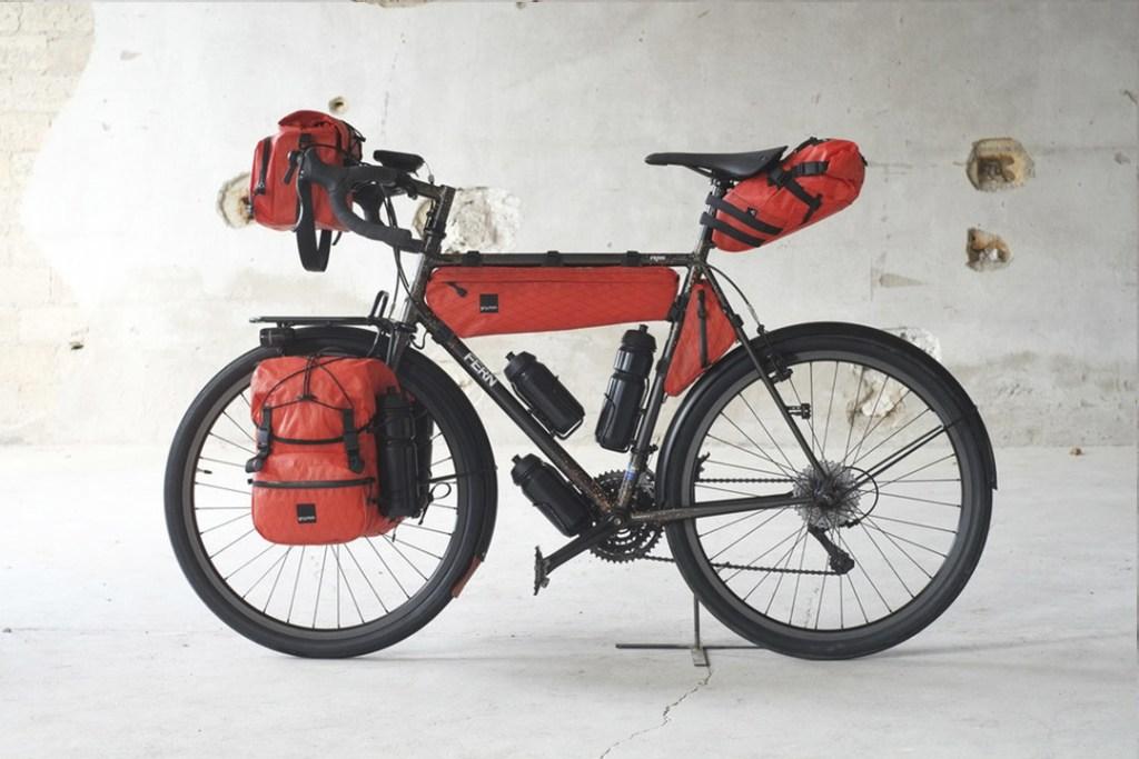 Ciclistas amantes de los viajes largos, estos accesorios son para ustedes