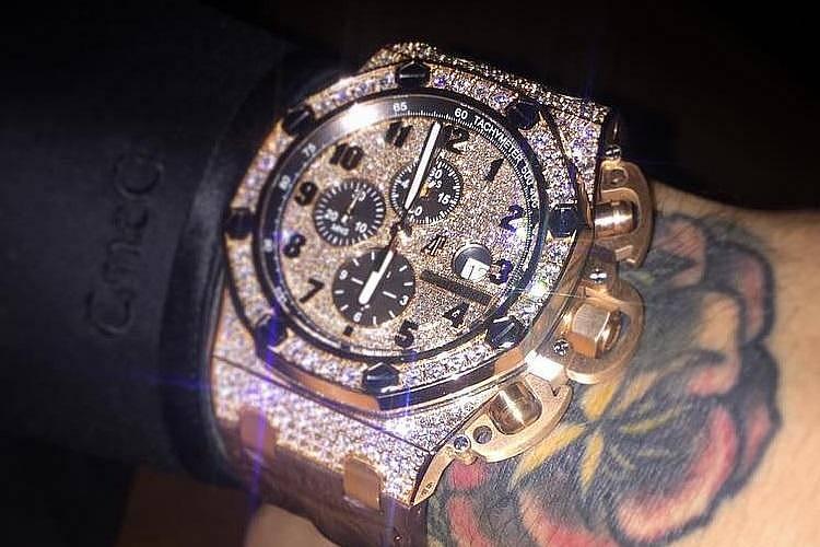 dz0lN0J3aWR0aCU3RA - La colección de relojes de Conor McGregor vale más de 14 millones de pesos