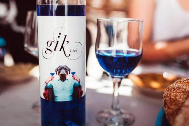 g4 1024x683 - Éste es el vino azul que ha fascinado a los millennials