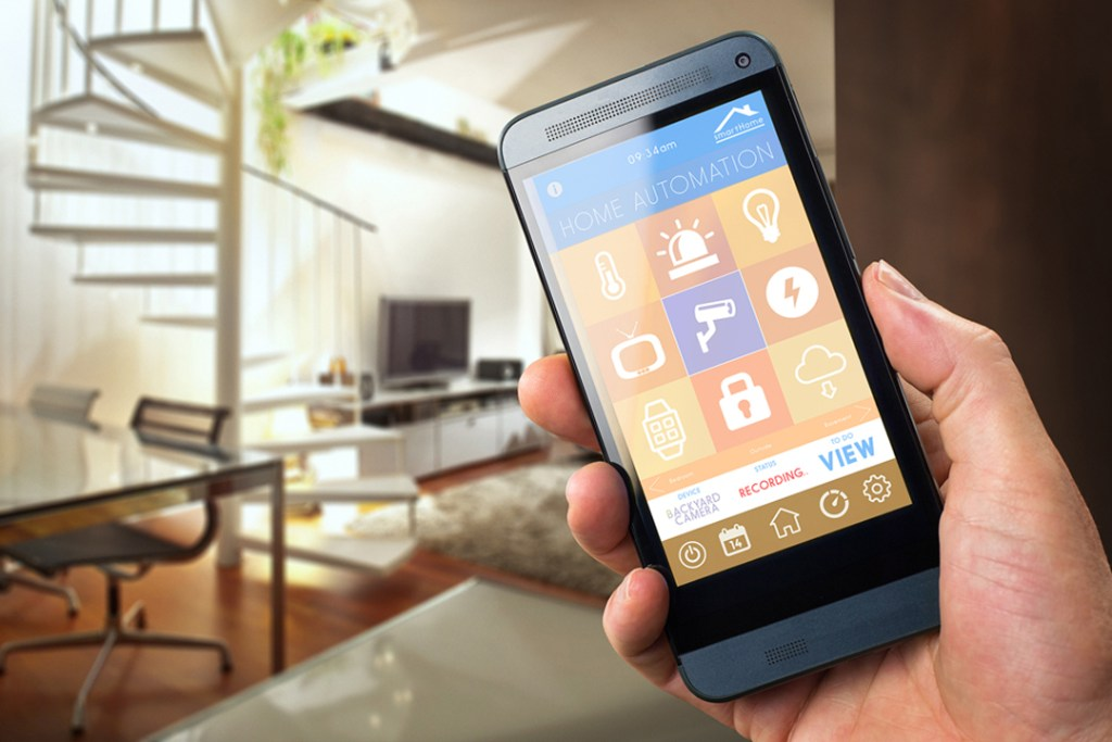 Siete gadgets para volver a tu hogar una casa inteligente