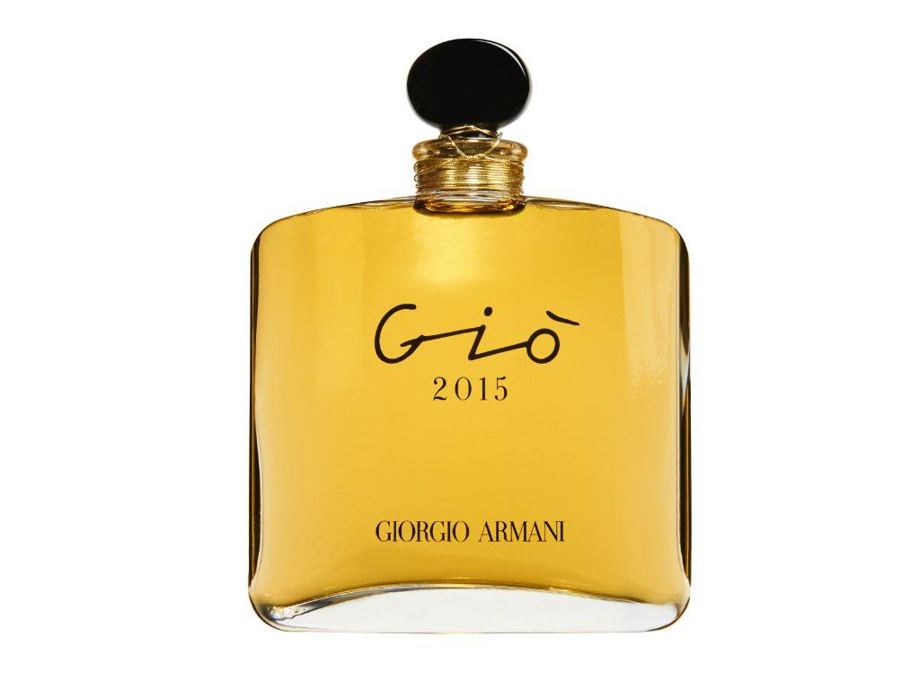 Giorgio Armani presenta su fragancia de aniversario