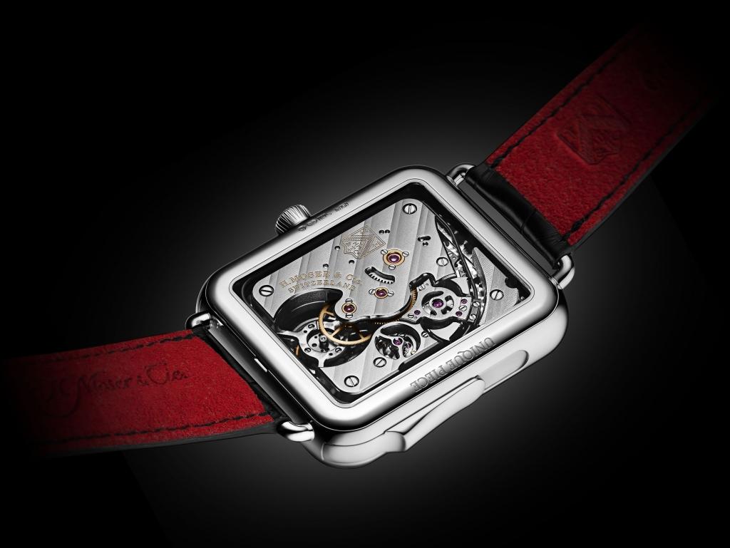 HMoser 5901 0200 SAW Tourbillon WG Glossy Black BACK BD 1024x769 - Moser Swiss Alp Watch Concept Black, el reloj que te 'canta' la hora