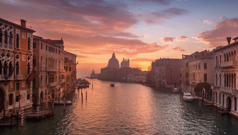 HotelswithaRomanticViewinVenice - TOP 5: Los destinos ideales para San Valentín en el extranjero