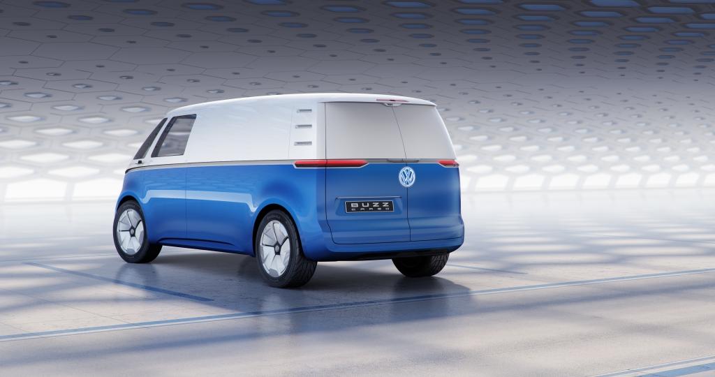 I.D. BUZZ CARGO Large 8857 1024x540 - ¿Recuerdas la combi de Volkswagen? Está de vuelta otra vez en su versión comercial