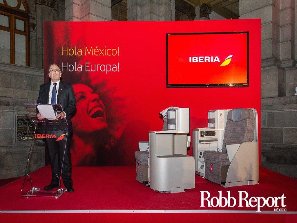 Iberia presenta en México su nueva imagen