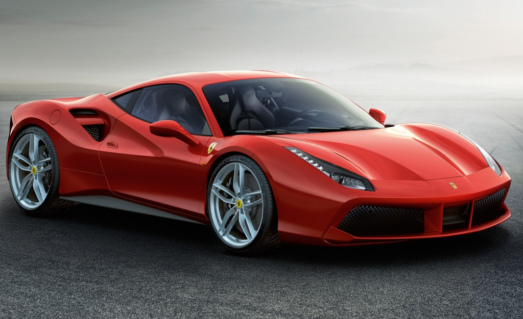 Kylie1 1024x626 - Ferrari 488 o el auto que puedes regalarle a tu mamá cuando eres Kylie Jenner