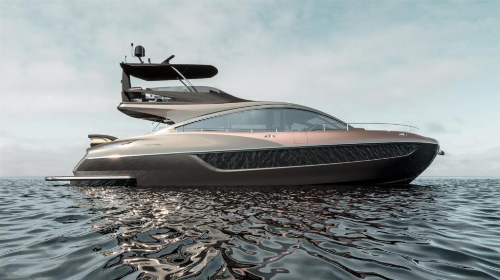 lexus ml on water  1 1024x575 - Conquista los siete mares con LY 650, el nuevo yate de Lexus