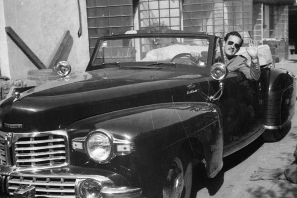 New Project 2019 04 15T120030.057 1024x683 - Te contamos la historia del auto más lujoso de Pedro Infante