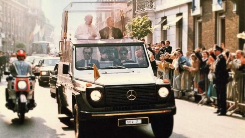 papamovil mercedes clase g - A 40 años de su nacimiento, ocho datos que debes saber sobre la icónica Clase G de Mercedes-Benz