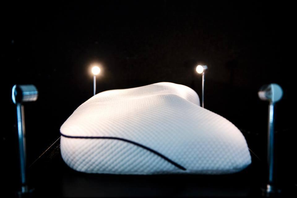 Pillow 1 - ¿Pagarías 56 mil 995 dólares por tu almohada?