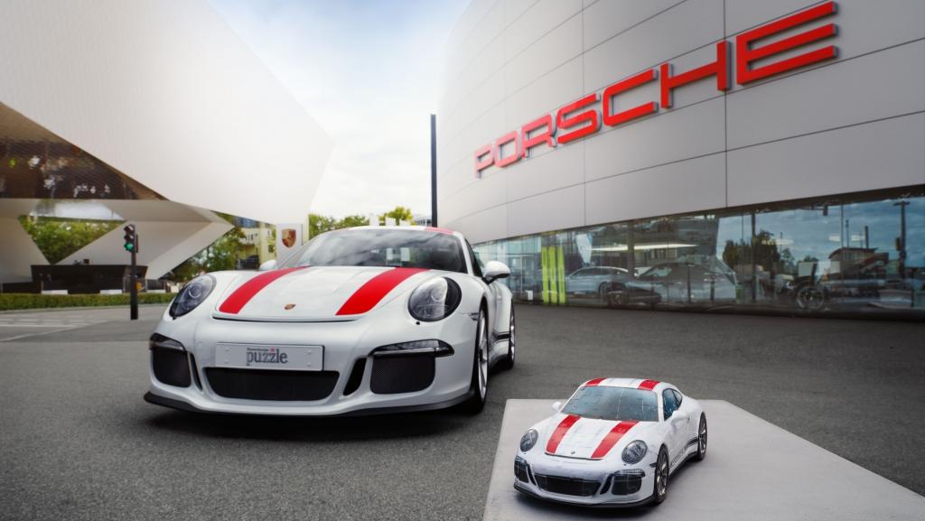 PLA18 1990 fine 1024x577 - A tu niño interno le gustará este Porsche armado con piezas de rompecabezas