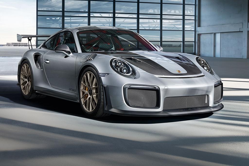 Porsche 911 GT2 RS 1024x683 - Al menos 30 Porsches yacen en el fondo del mar