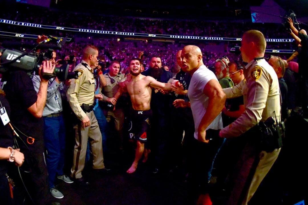 Portada 11 - Esta trifulca en la UFC costó medio millón de dólares