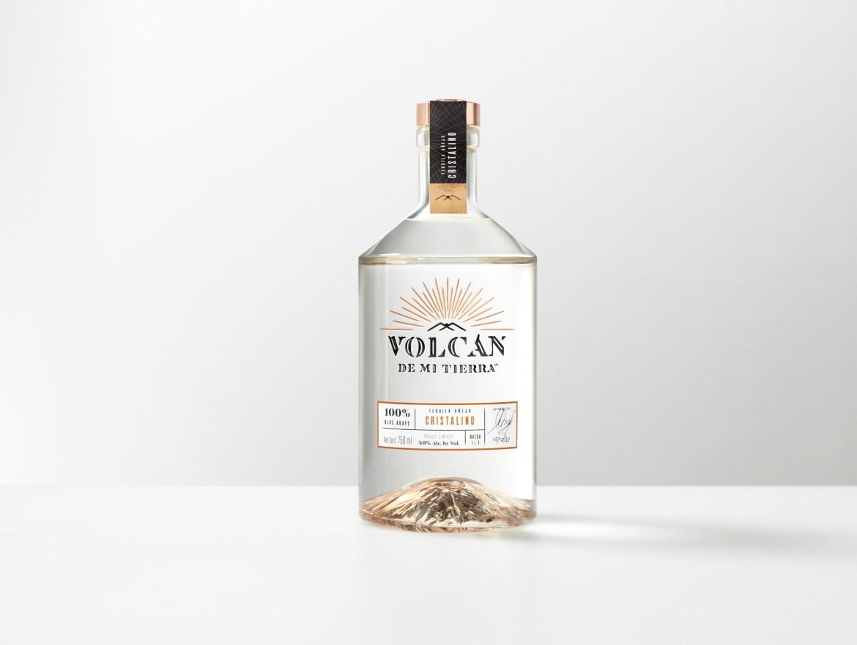 S1 TB Volcan v2 LR - Etiquetas para celebrar el Día Internacional del Tequila como se debe