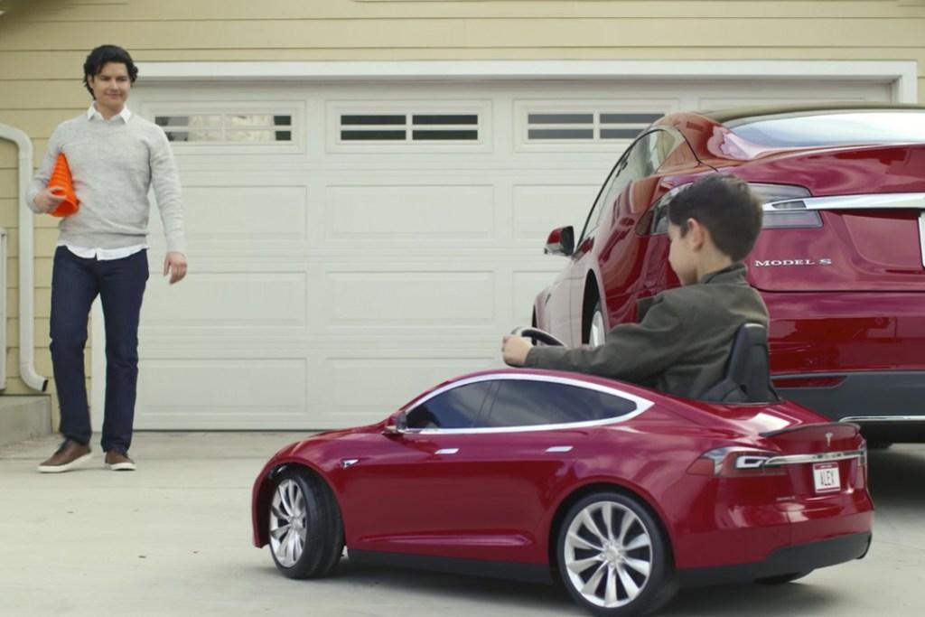 Tesla presenta el auto ideal para tus hijos: Model S for Kids