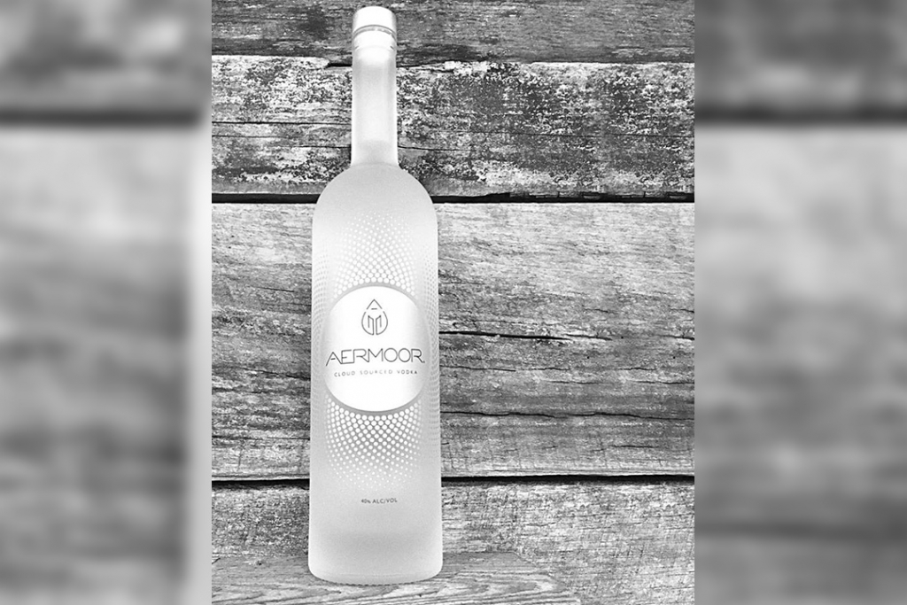 v2 1024x683 - Como caído del cielo, este vodka está hecho a base de nubes