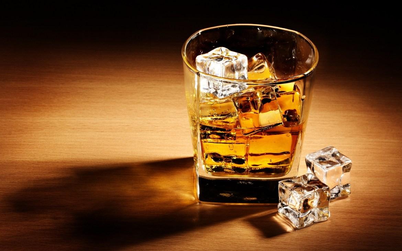 whisky18 - Cómo el whisky puede calmar tu dolor de garganta