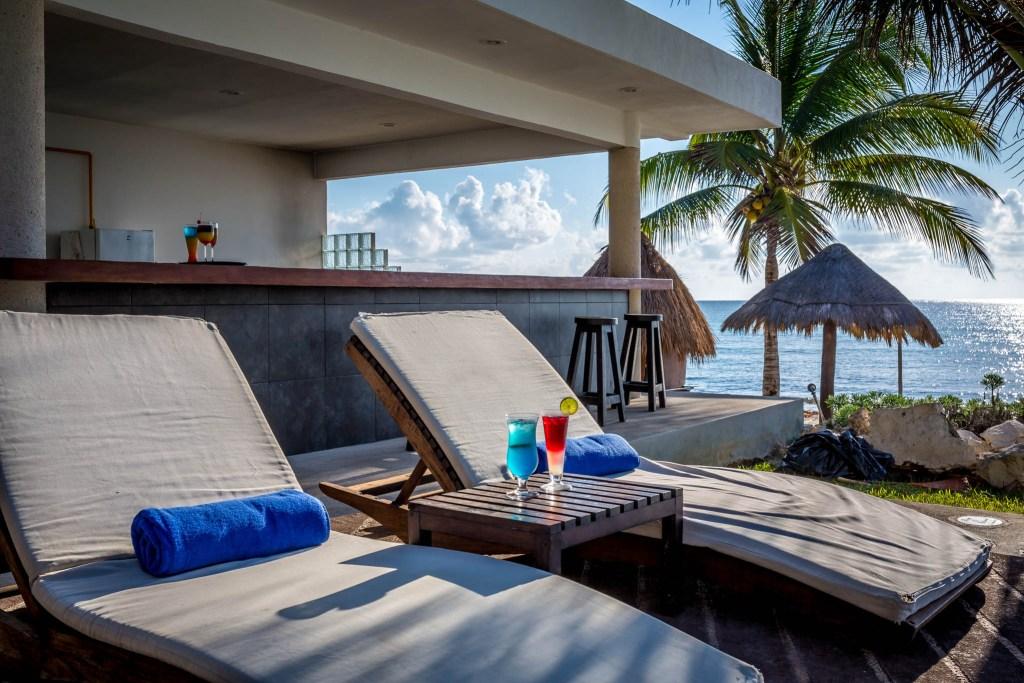 Le Rêve Beachfront Hotel