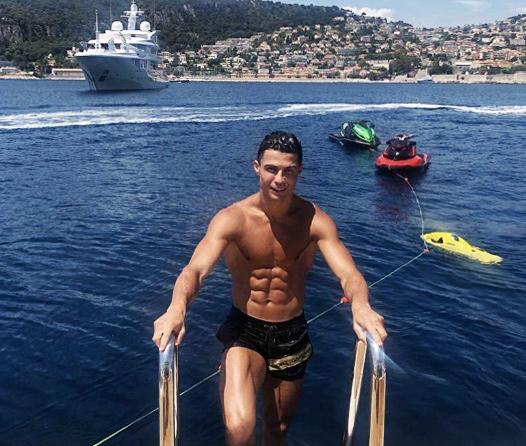 Así es el lujoso yate en el que Cristiano Ronaldo pasa sus vacaciones