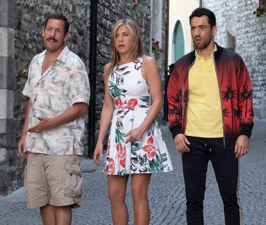 Jennifer Aniston y Adam Sandler rompen récord con la película más vista de Netflix