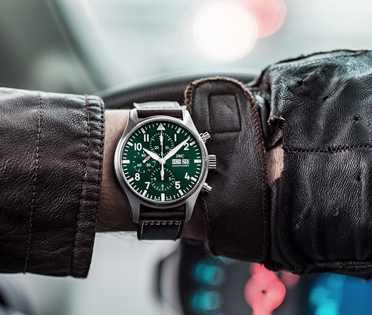 No busques más, Aviador Cronógrafo Racing Green es el reloj que tu padre necesita