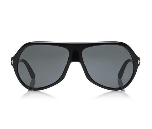 Tom Ford nos lleva a los extravagantes 70s con estos nuevos lentes