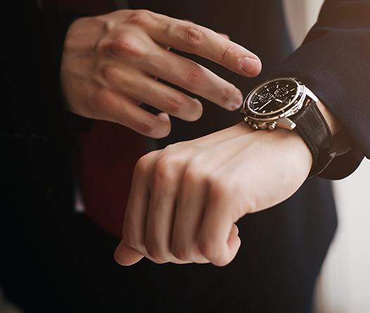 Todo lo que debes saber para usar un reloj de lujo con mucho estilo
