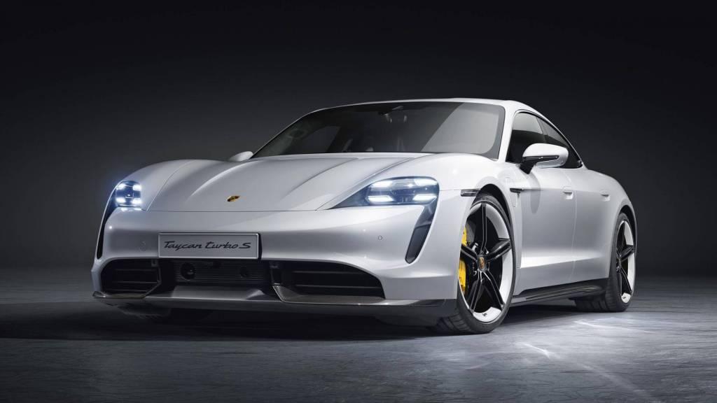 Porsche busca destronar a Tesla con su nuevo Taycan eléctrico, ¿lo logrará?