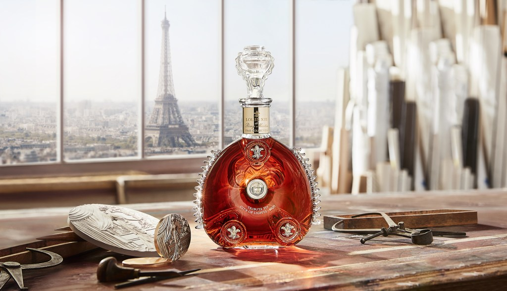 Louis XIII homenajea a París con la segunda obra de su Time Collection