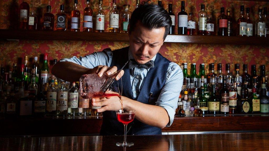 Adopta un bartender