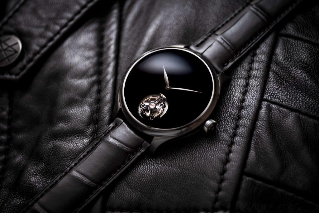 Los relojes Vantablack black hands son un abismo en la muñeca