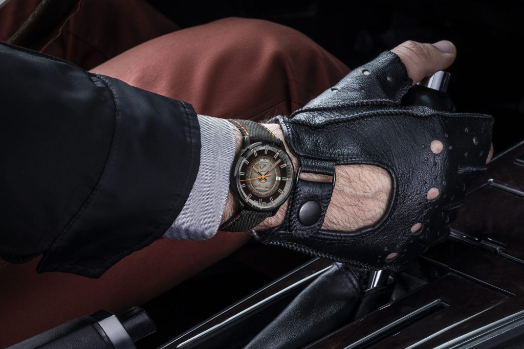 Mido presenta cinco relojes para los que pasan el tiempo viajando