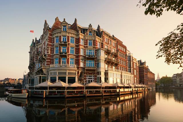 De L'Europe, el hotel de lujo más antiguo de Ámsterdam se transforma
