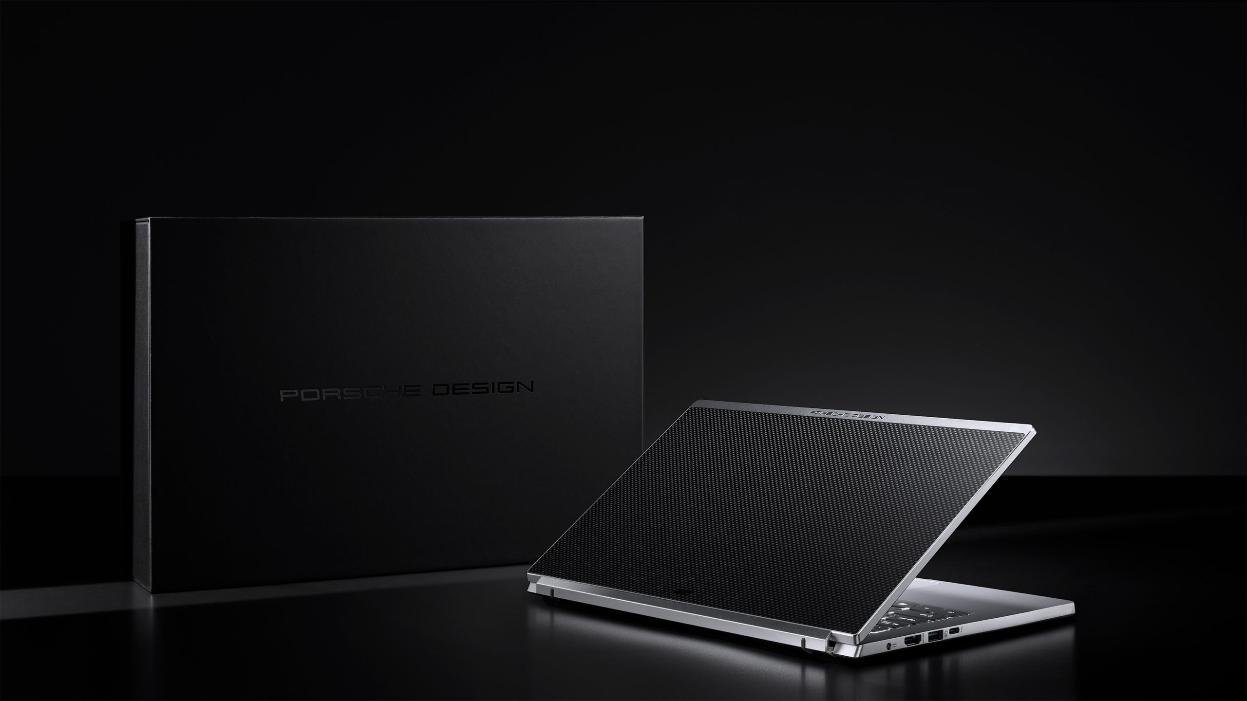 La nueva laptop de Porsche Design y Acer combina diseño con alto rendimiento