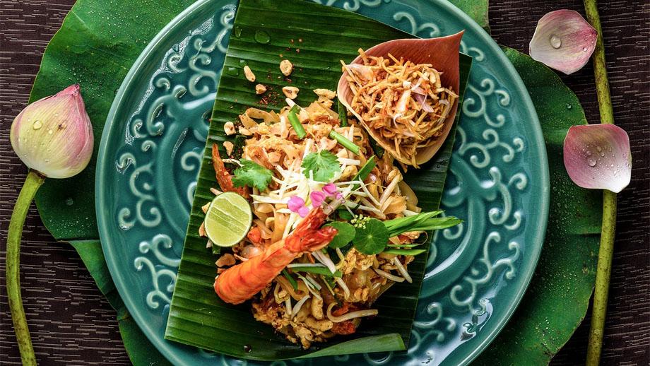 Cocina comida tailandesa, con una receta de Saffron, restaurante insignia de Banyan Tree