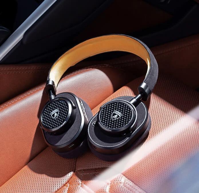 audífonos de Lamborghini