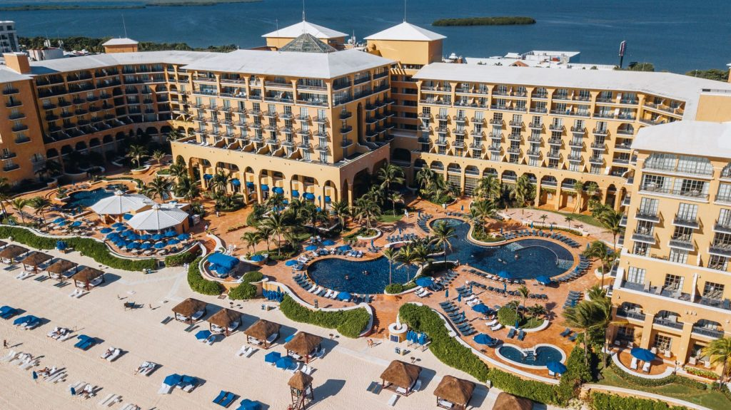 Una navidad muy especial con The Ritz-Carlton, Cancún y Tiffany & Co.
