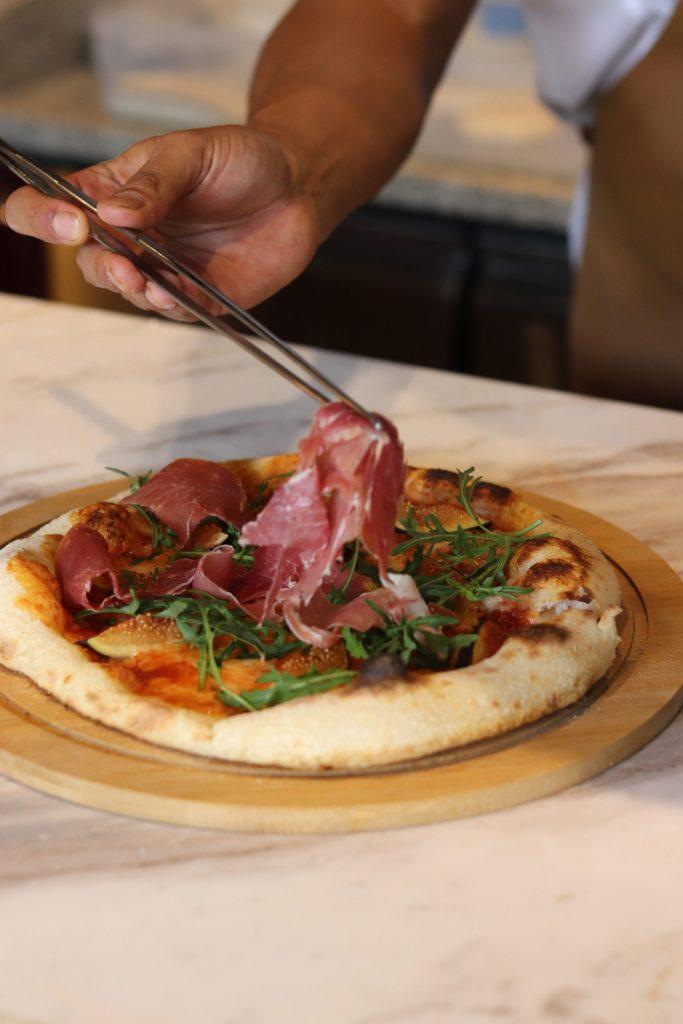 El auténtico sabor de la pizza napolitana llega a México con Osteria Mattea