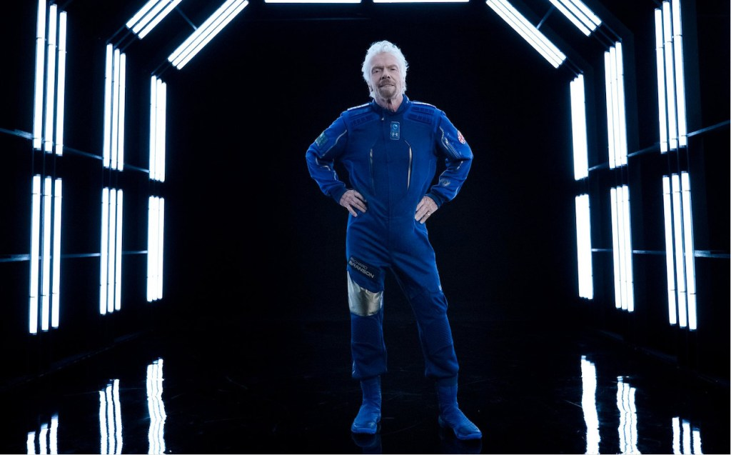 No tan rápido Jeff Bezos, al parecer Richard Branson será el primero en viajar al espacio