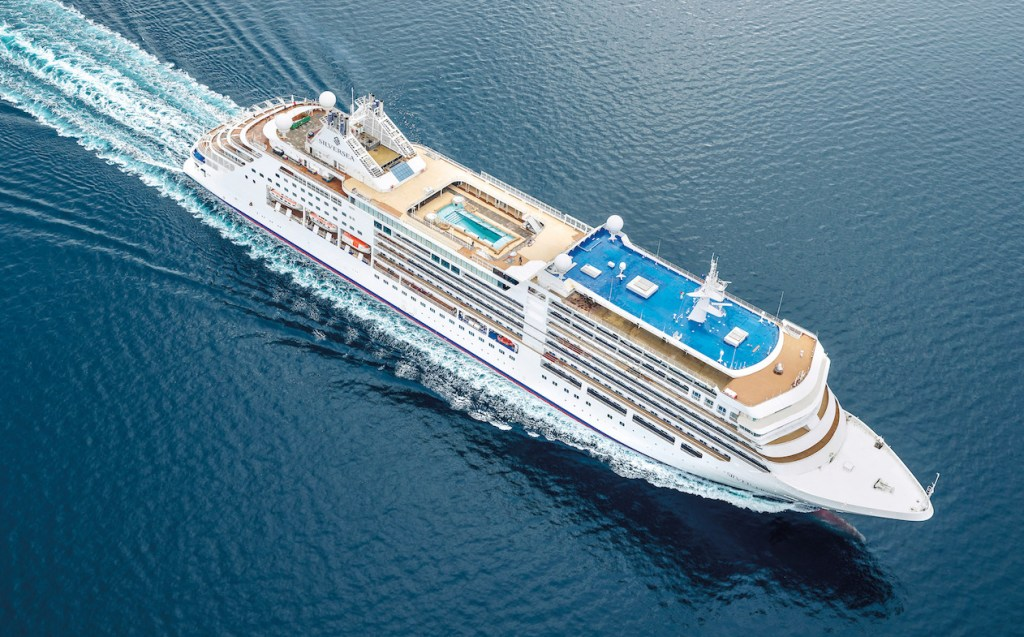 Silver Moon, el nuevo barco de ultra lujo de Silversea Cruises que te llevará por las islas griegas