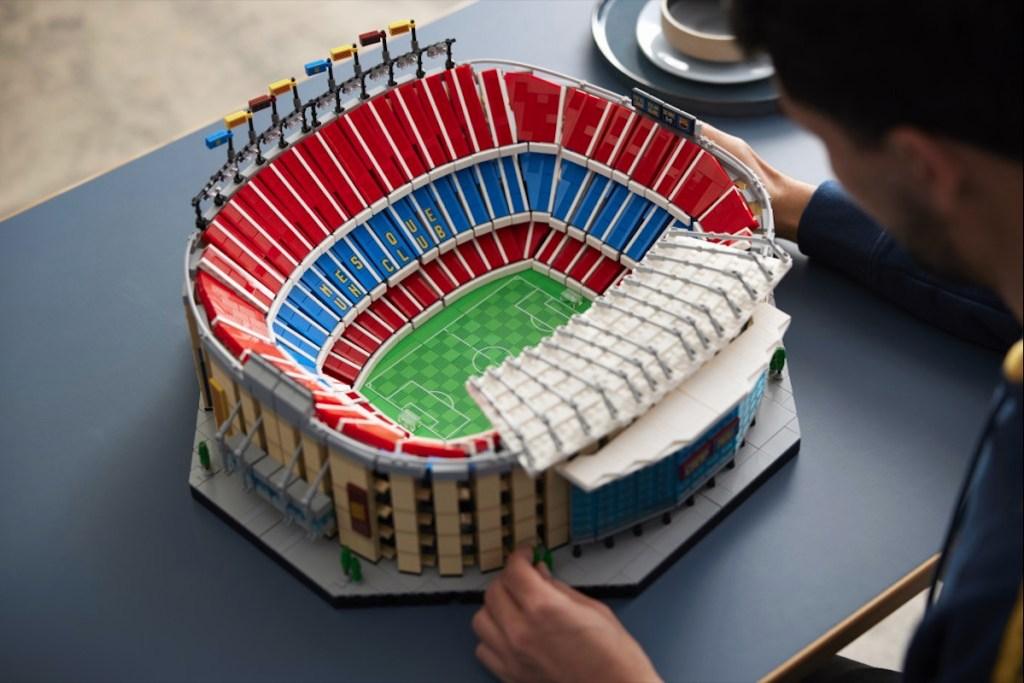 Aún sin Messi, vas a querer tener este nuevo set de LEGO del Camp Nou